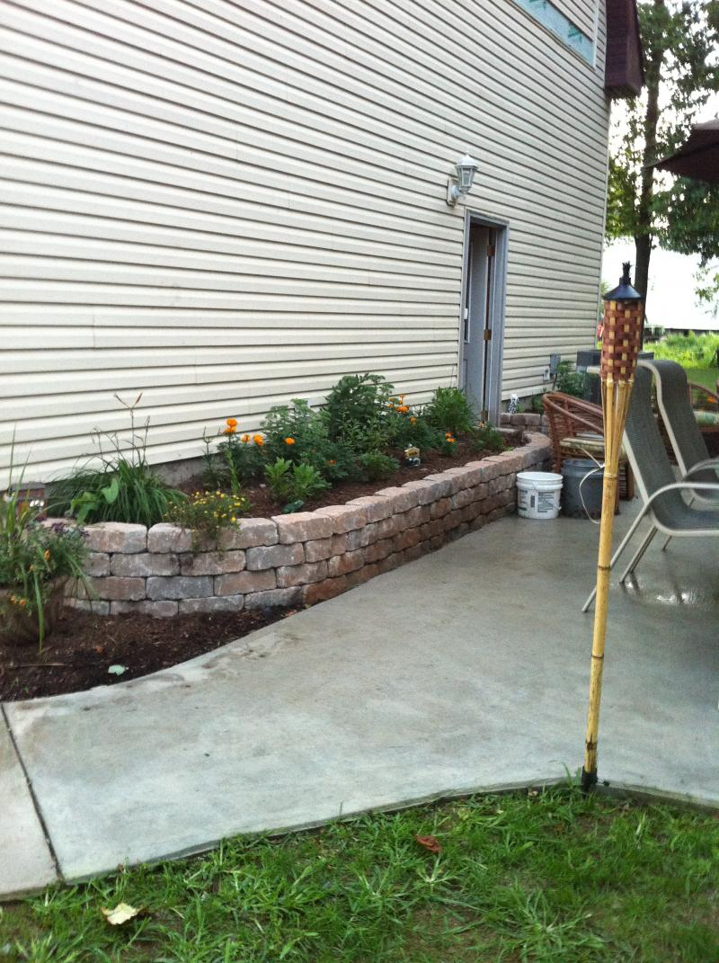 View of first retaining wall/flowerbed - straight